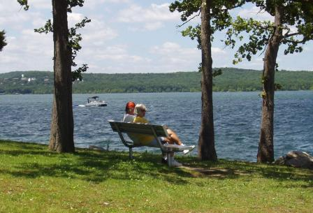 A couple enjoying a summer's day at Table Rock Lake